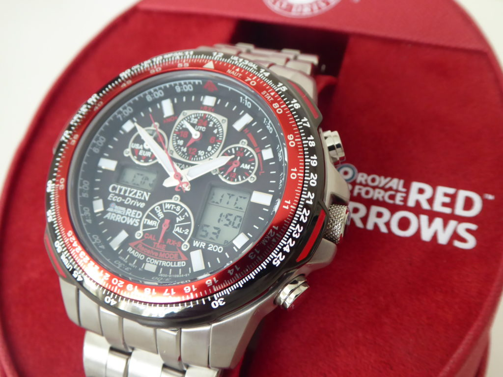sell-citizen-red-arrows-watch
