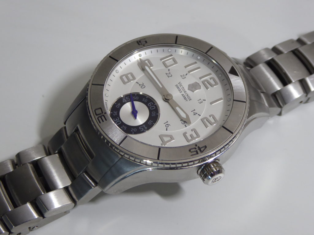 sell-used-Victorinox-XL-watch