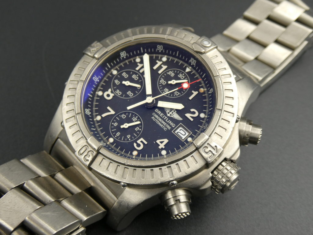 sell-used-breitling-avenger-chronograph-watch