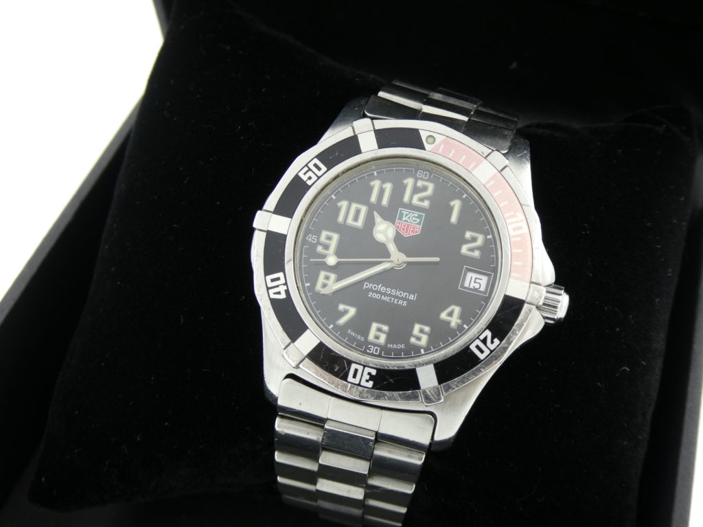 sell-your-watch-we-buy-Tag-Heuer-Professional-2000-watches