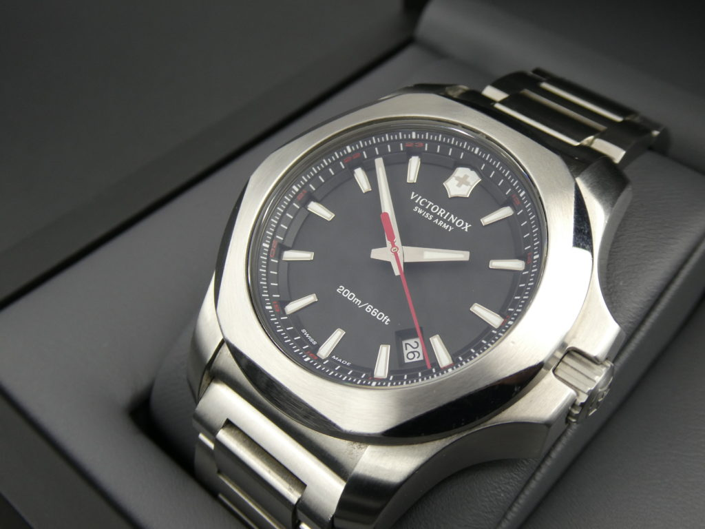 sell-used-victorinox-I.N.O.X-watch