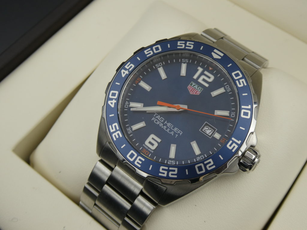 sell-tag-heuer-f1-WAZ1010