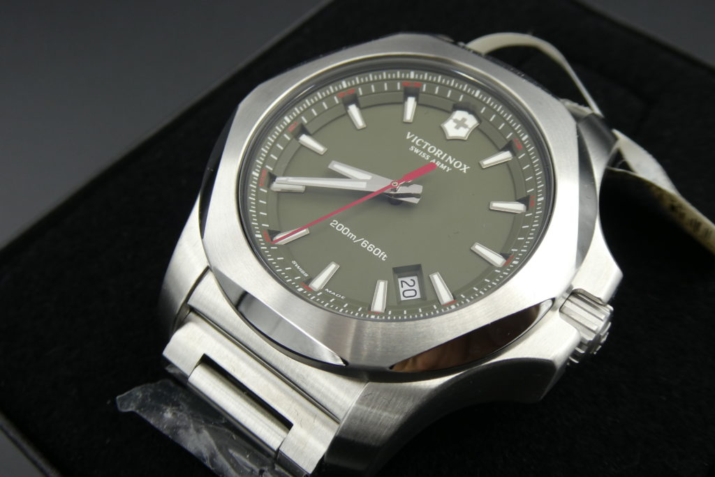 sell-used-victorinox-inox-watch