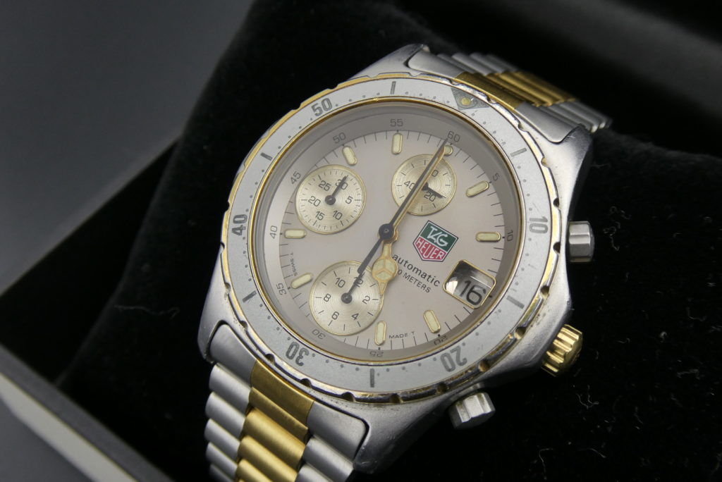 sell-vintage-tag-heuer-2000-watch