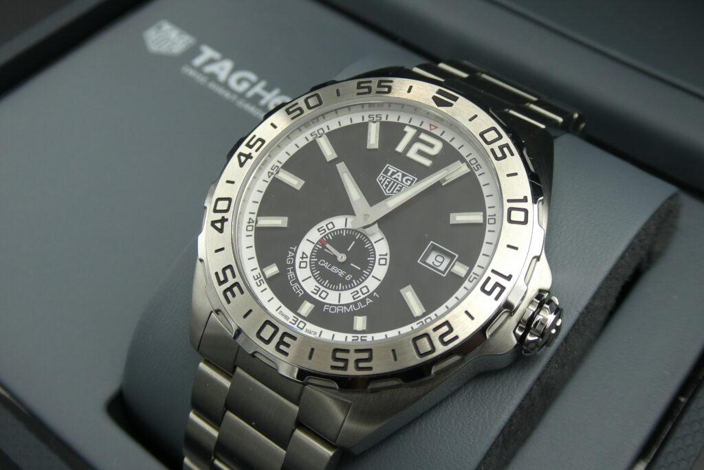 trade-tag-heuer-f1-watch-WAZ2012