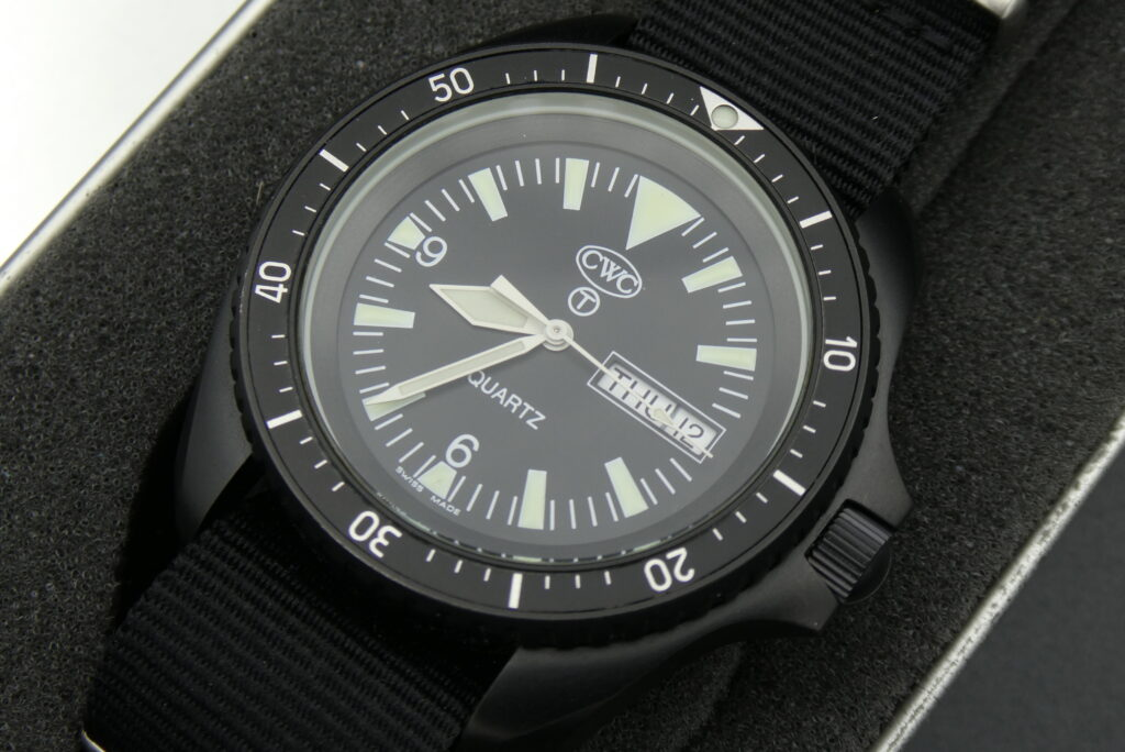 sell-used-CWC-navy-divers-watch