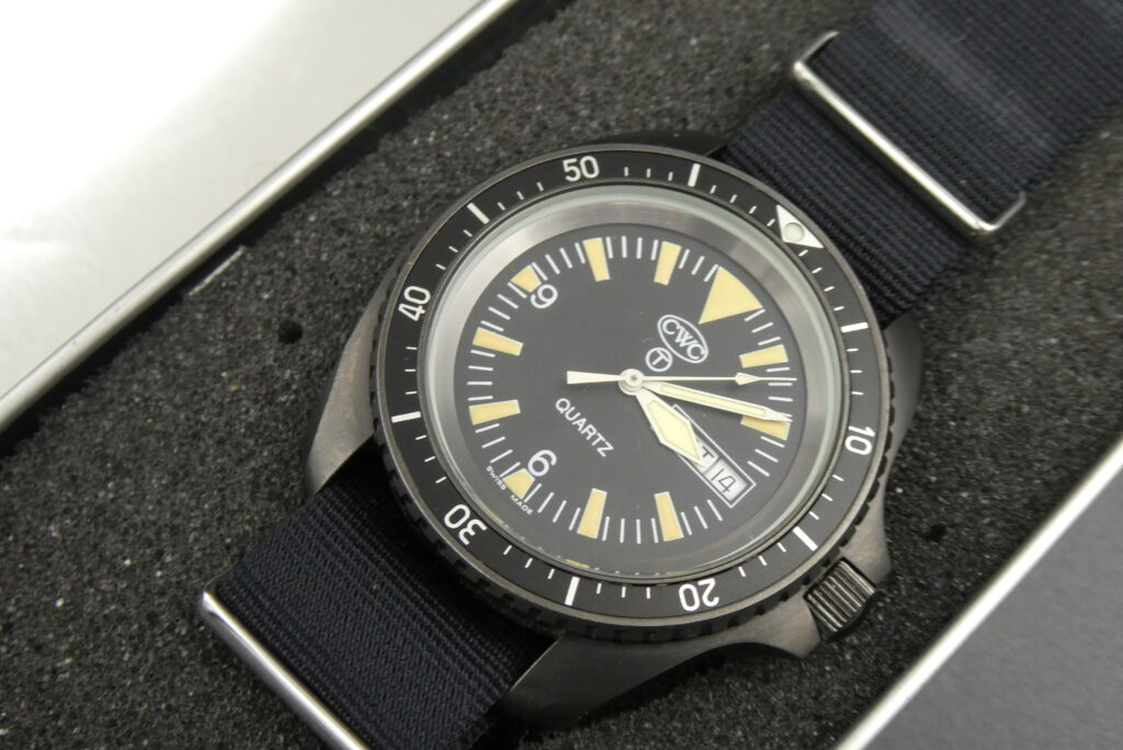sell-used-CWC-divers-watch