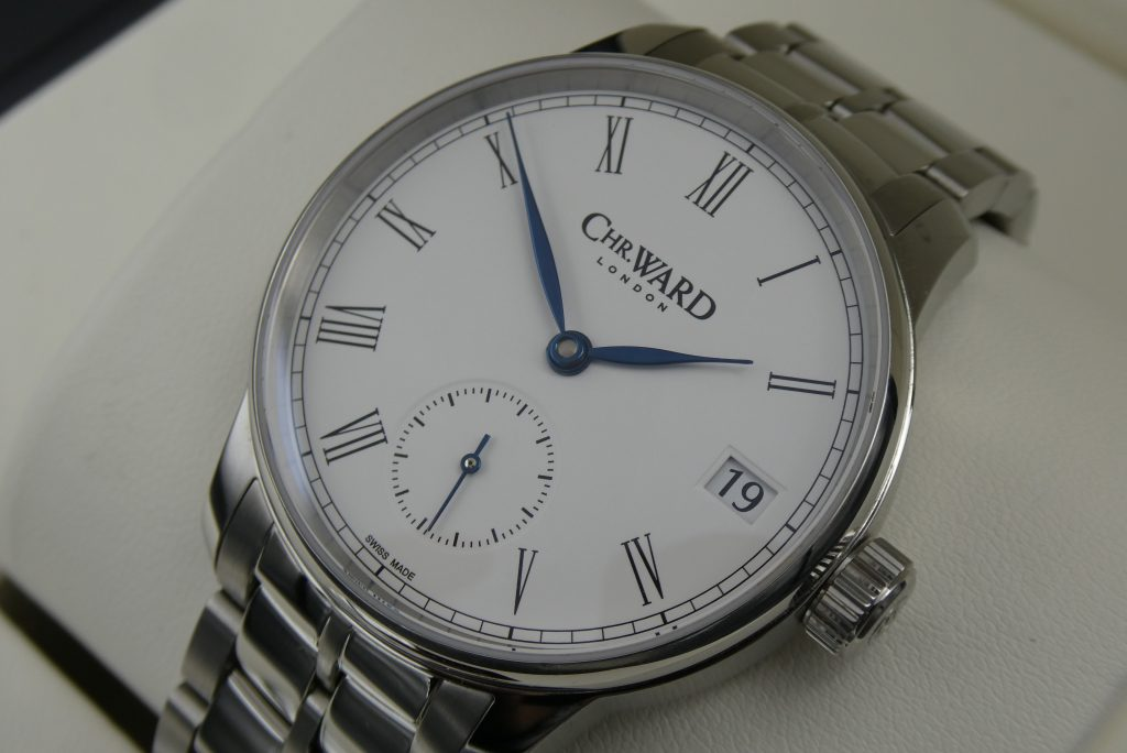 Christopher-Ward-c9-5-day-small-seconds