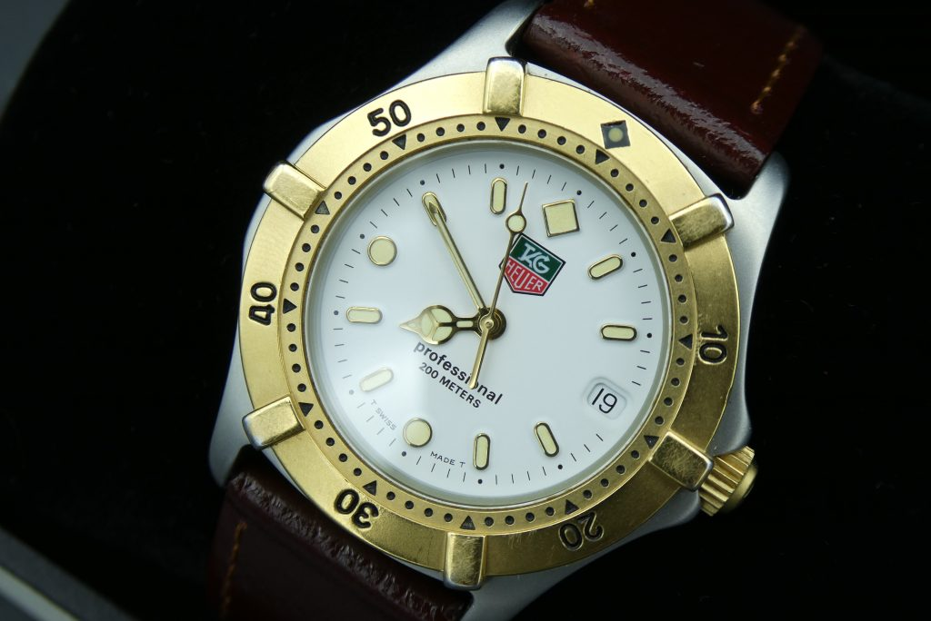 Tag-Heuer-2000-professional-WE-1222