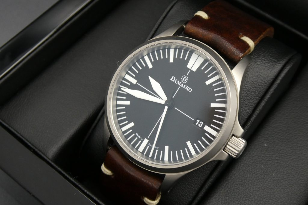 sell-used-damasko-ds30-watch
