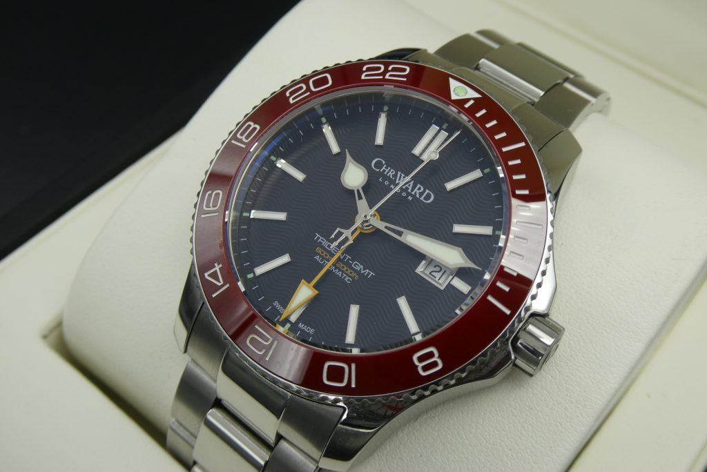 pre-owned-christopher-ward-c60-gmt-red