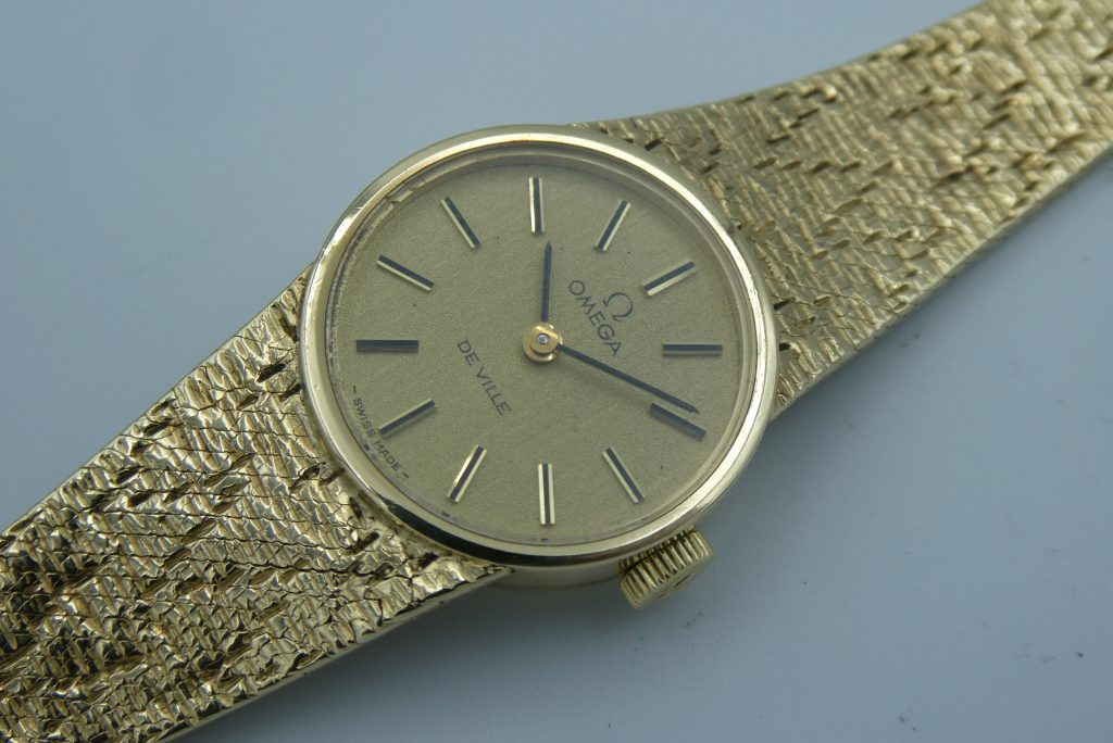 sell-vintage-Omega-de-ville-gold-watch