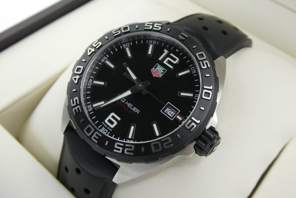 we-buy-tag-heuer-watches-WAZ1110